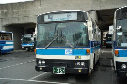 http://m-traffic.net/takuma/mbus/22k457.jpg