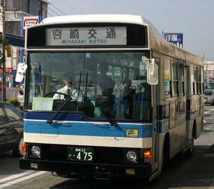 http://m-traffic.net/takuma/mbus/22k475.jpg