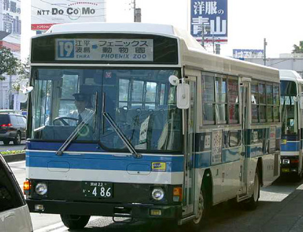 http://m-traffic.net/takuma/mbus/22k486.jpg