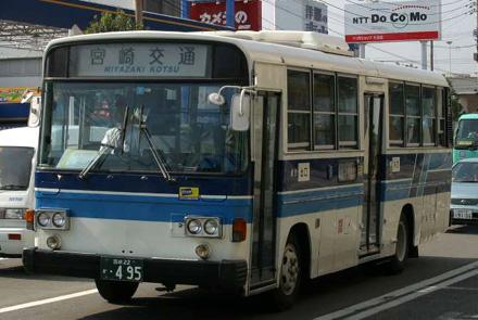 http://m-traffic.net/takuma/mbus/22k495.jpg